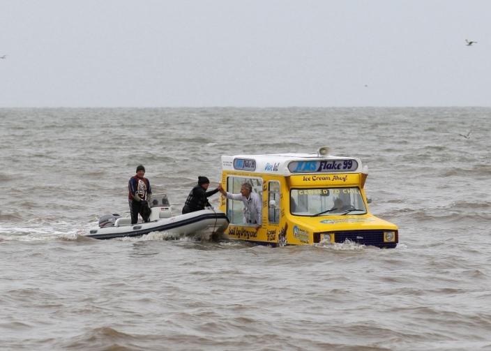 Amphibious IceCream Van Blackpool 21
